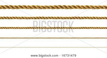 Naadloze gouden touw op witte achtergrond (geïsoleerd).