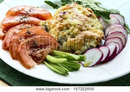 fresh vegetables with olive oil are a good complement to fish dishes