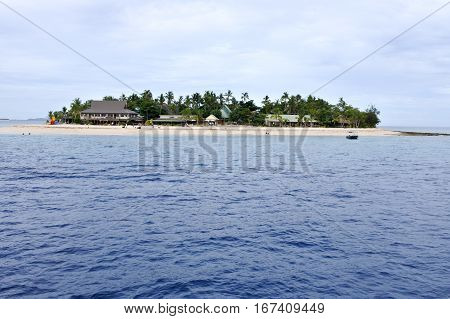 Landscape of one of Mamanucas islands.The Mamanuca Islands of Fiji are a volcanic archipelago lying West to the main Island of Fiji Viti levu. The group is a very popular tourist destination.