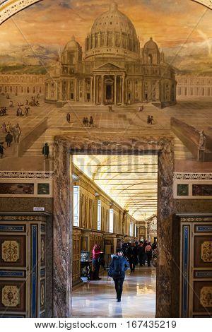 Visitors In Rooms Of Vatican Museum