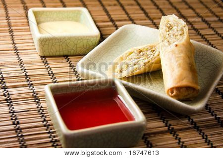 Eggroll and sauces