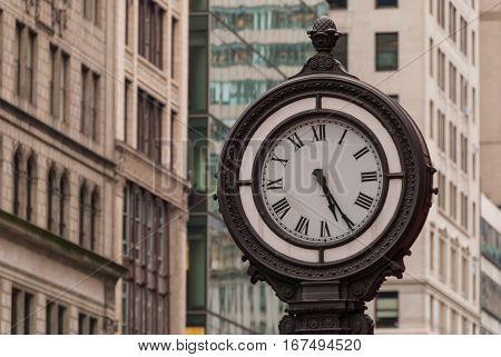 5 th avenue vintage street clock, NewYork