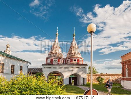 Monastery of the deposition is one of the oldest monasteries in Russia, founded in 1207 and is located in Suzdal. Golden Ring of Russia