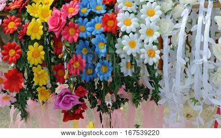 Headbands For Hair And Flowers To Decorate The Hairstyle For Lit