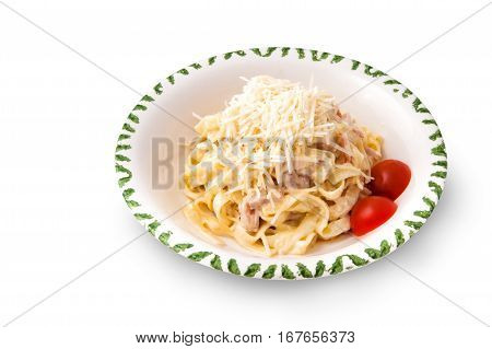 Carbonara Pasta with tomatoes and slices of meat