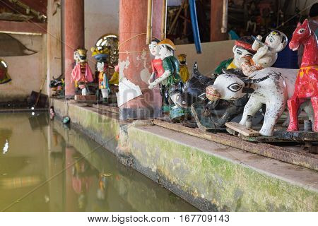 Common Vietnamese Water Puppets Behind Puppetry State In Dao Thuc Village. The Control Room Is Dark