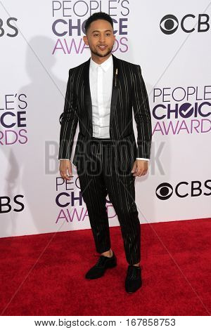 LOS ANGELES - JAN 18:  Tahj Mowry at the People's Choice Awards 2017 at Microsoft Theater on January 18, 2017 in Los Angeles, CA