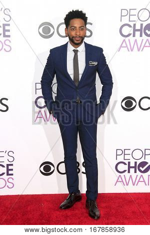 LOS ANGELES - JAN 18:  Shaun Brown at the People's Choice Awards 2017 at Microsoft Theater on January 18, 2017 in Los Angeles, CA