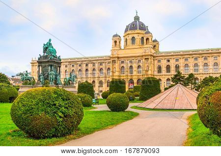 Fine Arts Museum and Maria Theresien Monument in Vienna, Austria