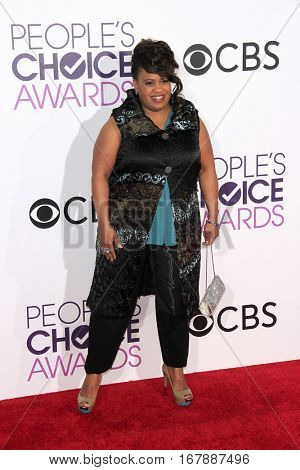 LOS ANGELES - JAN 18:  Chandra Wilson at the People's Choice Awards 2017 at Microsoft Theater on January 18, 2017 in Los Angeles, CA