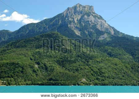 Beautifull Alpine Lake