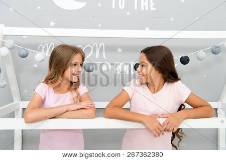Benefits having sister. Girls sisters spend pleasant time communicate in bedroom. Awesome perks of having sister. Sisters older or younger major factor in siblings having more positive emotions. poster
