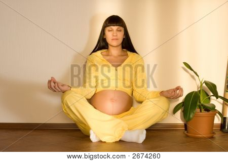 Relaxation Before Childbirth