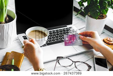 Concept Girl Online Shopping With Laptop Mock Up
