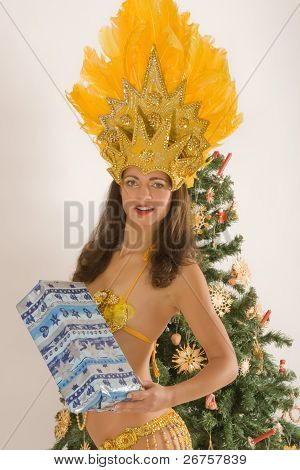Samba girls with Christmas parcels