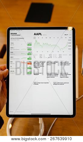 Paris, France - Nov 7, 2018: Front View Pov Personal Perspective Experiencing New Apple Ipad Pro Tab