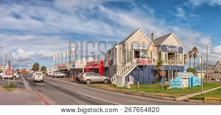 Yzerfontein, South Africa, August 20, 2018: A Street Scene, With Businesses And Vehicles, In Yzerfon