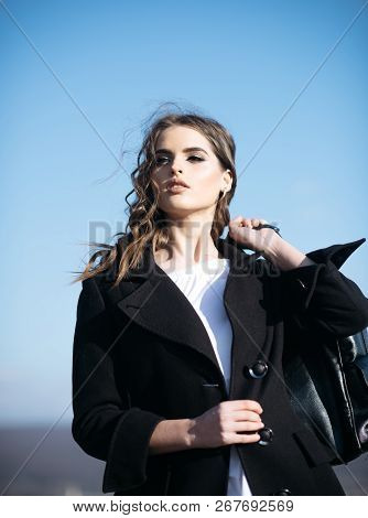 Autumn Fashion Of Business Woman With Bag. Beauty And Fashion Look. Fashion Woman With Stylish Makeu