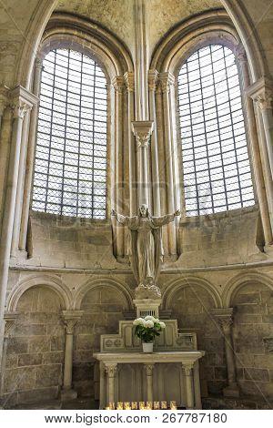 Vezelay, France - July 28, 2011: Interior Of The Benedictine Abbey Church Of Vezelay.