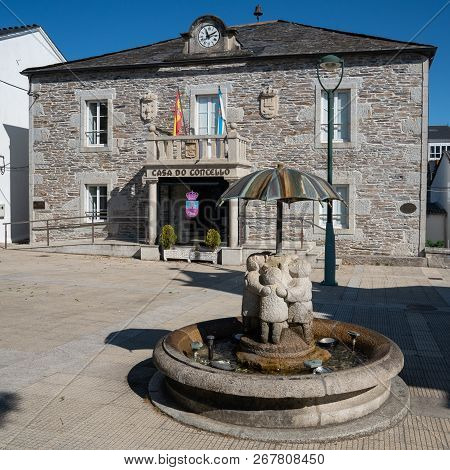 Historic Townhall Of Castroverde With Children Water Well, Camino De Santiago Trail, Calicia, Spain
