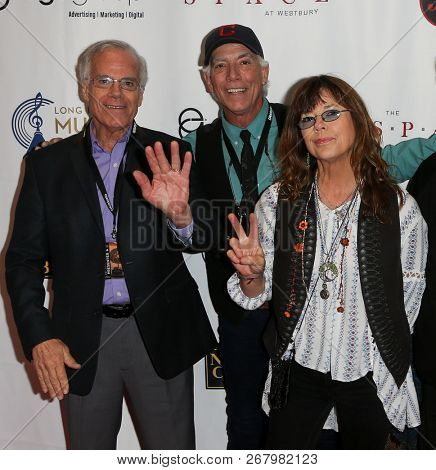 WESTBURY, NY - NOV 8: (L-R) The Cowsills attend the 2018 Long Island Music Hall of Fame induction ceremony at The Space at Westbury on November 8, 2018 in Westbury, New York.