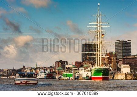 Hamburg / Germany - February 21, 2017: Port Of Hamburg On The River Elbe In Hamburg, Germany