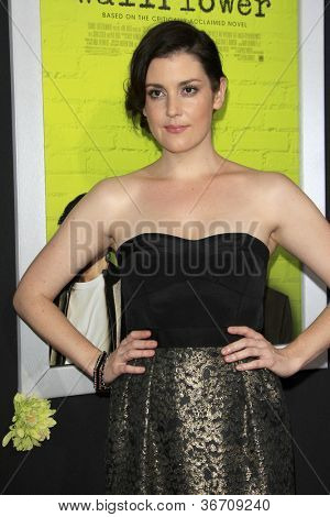 LOS ANGELES - SEP 10:  Melanie Lynskey arrives at