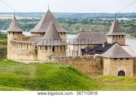 Khotyn Castle - Ancient Fortress On Dniester River