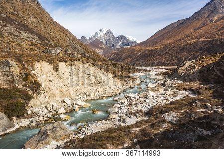 Bhote River Valley. Nepal, Sagarmatha National Park