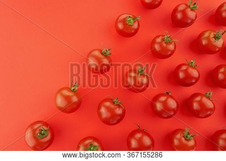 Tomato Pattern. Tomato Background. Red Ripe Tomatoes On A Red Background. Tomatoes Season Vegetables
