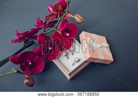 Classsic Stylish Jewelry. Silver Ring And Earrings With Pearls In Gift Box With Burgundy Orchid. Fas