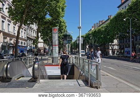 Lyon, France, May 19, 2020 : City Center Relives After Confinement. Travel Ban In France, Popularize