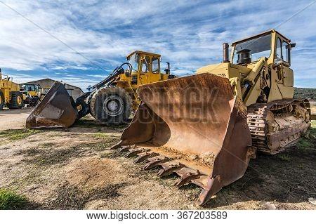 Fleet Of Excavator Machines For Rent Or Sale