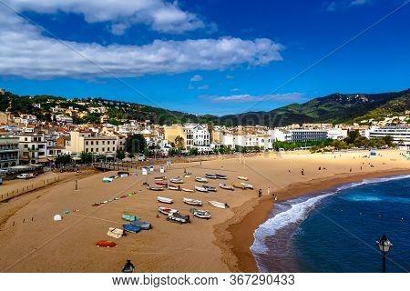 Tossa De Mar, Spain - October 14, 2012: Sea Landscape Badia Bay In Tossa De Mar In Girona, Catalonia
