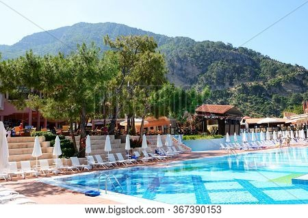 Fethiye, Turkey - May 19: The Tourists Enjoing Their Vacation In Lykia World Oludeniz Luxury Hotel O
