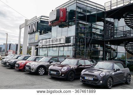 Bordeaux , Aquitaine / France - 10 17 2019 : Mini Cars Are On Display Outside Mini Cooper Dealership