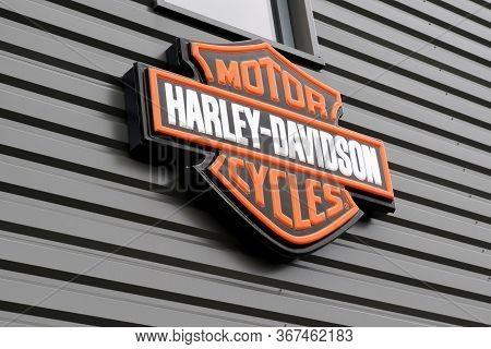 Bordeaux , Aquitaine / France - 01 15 2020 : Harley Davidson Logo Shop Sign Dealership Store Brand