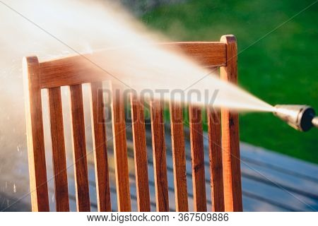 Power Washing Garden Furniture - Made Of Exotic Wood