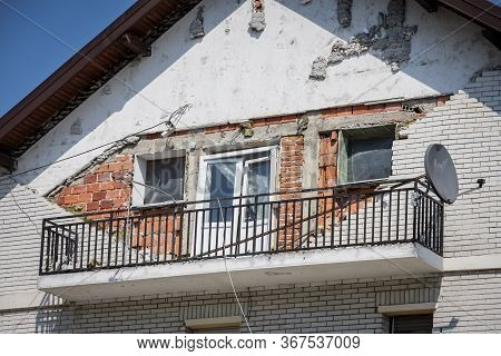 Zagreb, Croatia - 12 April, 2020 : Damage House After A Strong Earthquake Of 5.5 On The Richter Scal
