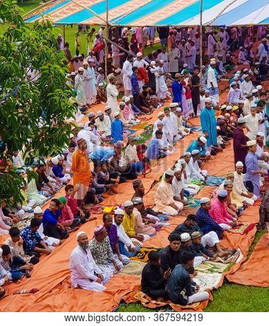 Narshingdi, Bangladesh-09/11/2019:people Gathered For Eid Prayer On A Open Field