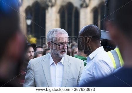 Bristol, Uk - August 8, 2016: Jeremy Corbyn Mp Speaks To A Member Of The Audience At A Rally On Coll