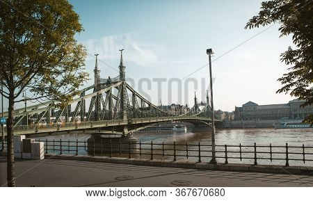 Liberty Bridge. Bridge Over The Danube River In Budapest On A Warm Sunny Day. May, 2013. Budapest, H
