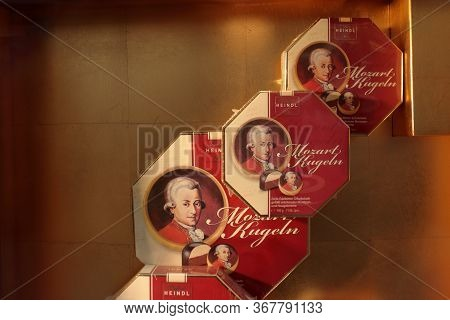 Wien, Austria - Aug 2019: Showcase In The Center Of Vienna, For Sale The Typical Balls Of Mozart: Fi