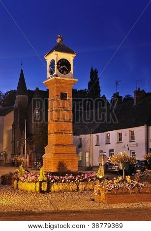 Clock tower in Twyn square