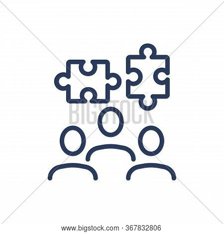 Solving Puzzle In Team Thin Line Icon. Issue, Business, Company Isolated Outline Sign. Business Comm