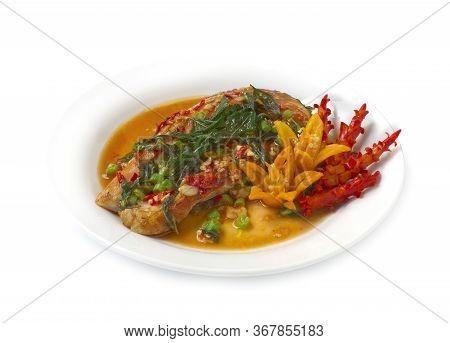 Salmon Stir Fried Spicy Thai Basil Hot Sauce