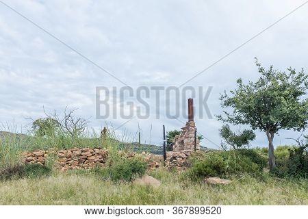 Remnants Of A Ruin On The Zebra Hiking Trail At Eingedi Near Ladybrand