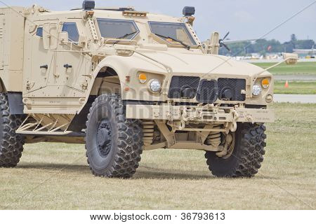 Humvee At Eaa