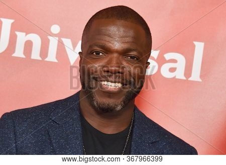 LOS ANGELES - JAN 11:  Reno Wilson on the red carpet at the NBCUniversal Winter TCA 2020 on January 11, 2020 in Pasadena, CA