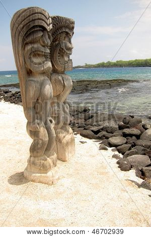 Sacred Statue in the City of Refuge at the Pu'uhonua o Honaunau National Park in Hawaii.